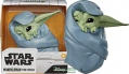 5-6cm-es Star Wars Baby Yoda figura - The Child in Blanket bebugyolált bociszemű megjelenés - The Mandalorian Bounty Collection minifigura széria - Készleten!